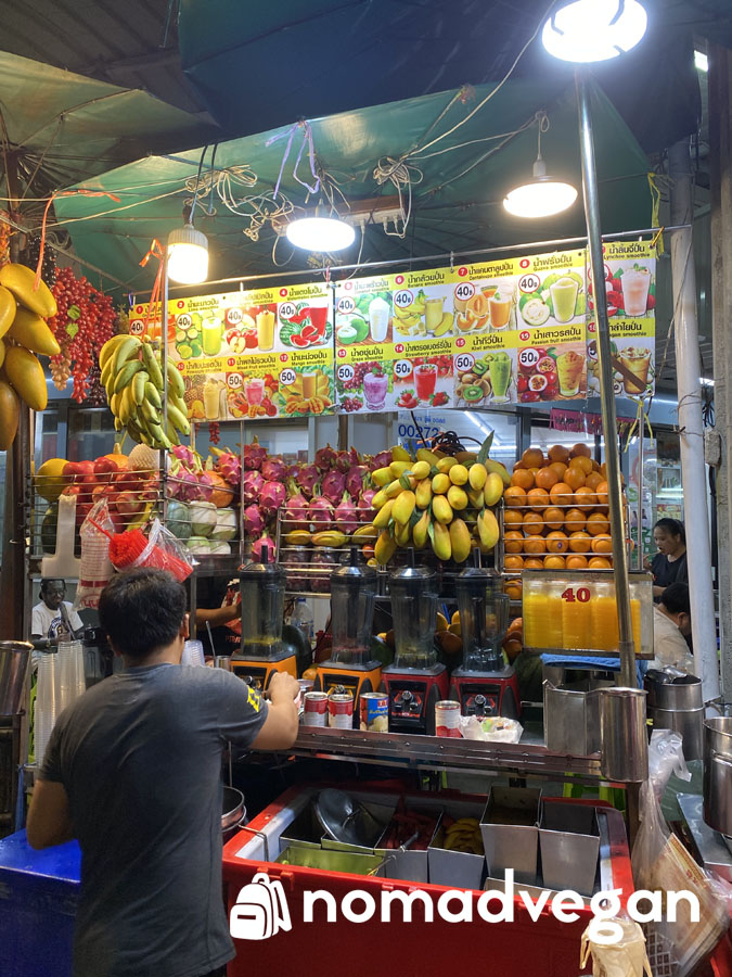 fruit smoothies bangkok vegan street food