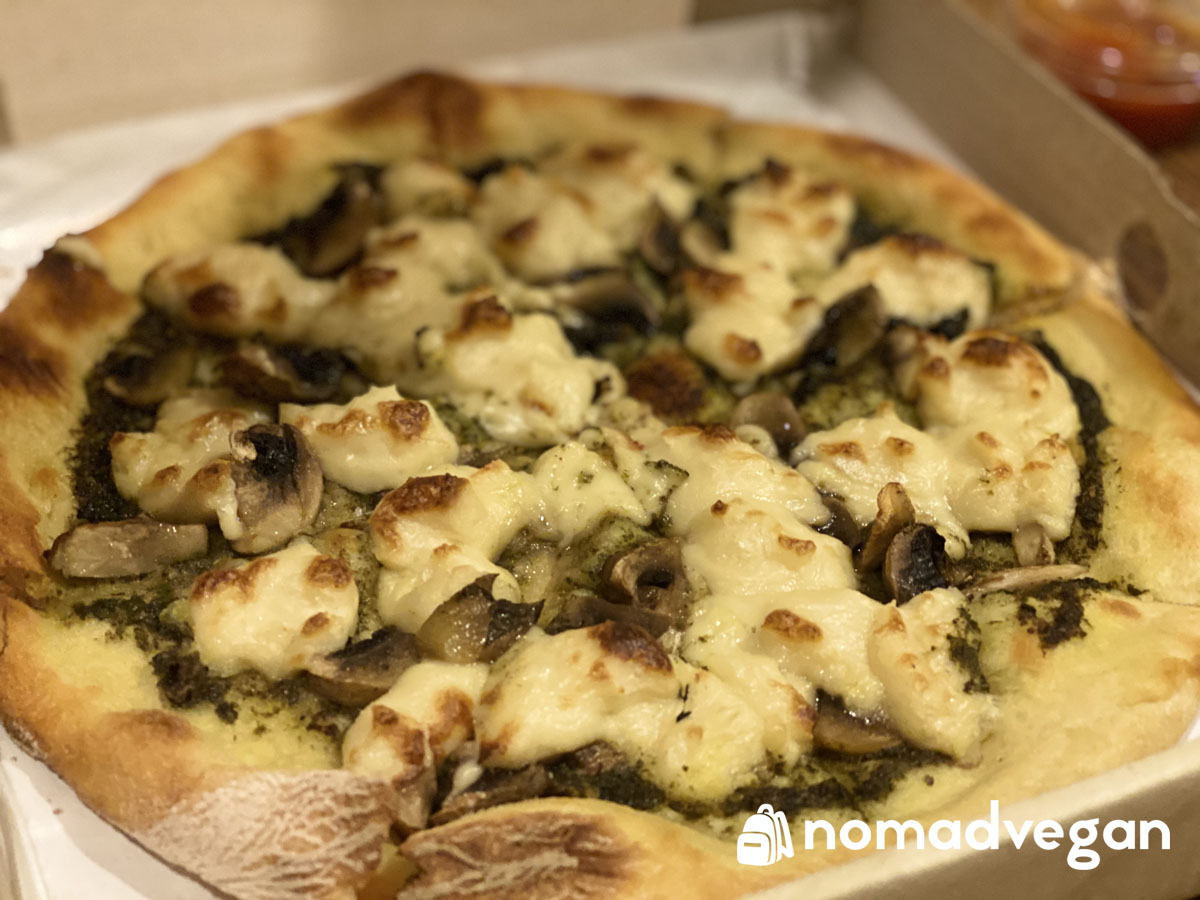 hummus boutique vegan pizza nut cheese