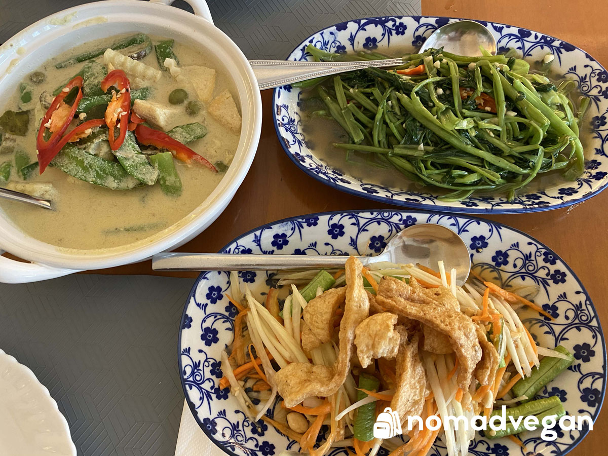 Vegan Bangkok Travel Guide: Top 30 Eats!