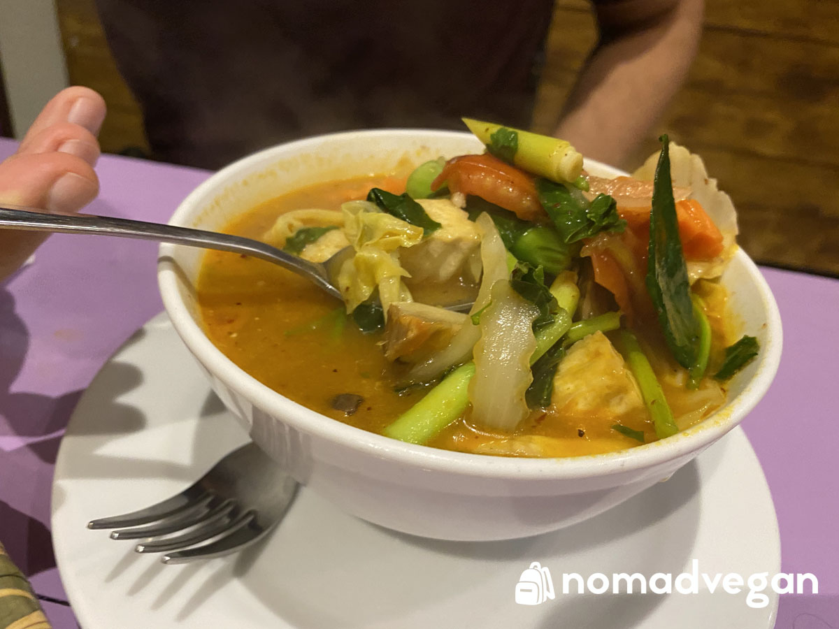 vegan tom yum soup bangkok