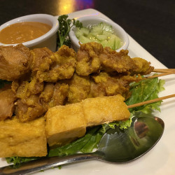 Veganic Thai  Cafe